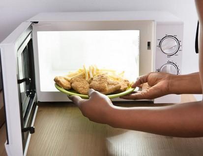Ремонт микроволновой печи если она не нагревает пищу